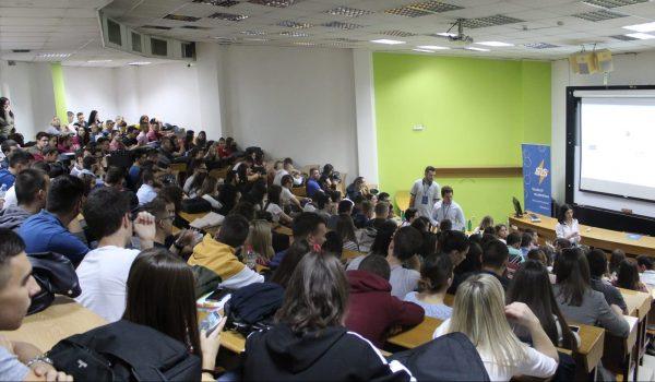 Studenti studentima 2020
